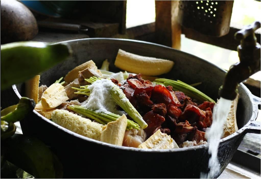 Fogones Tradicionales C Cocina | Entre Fogones Y Sancochos Nuevos Recetarios Recuperan La